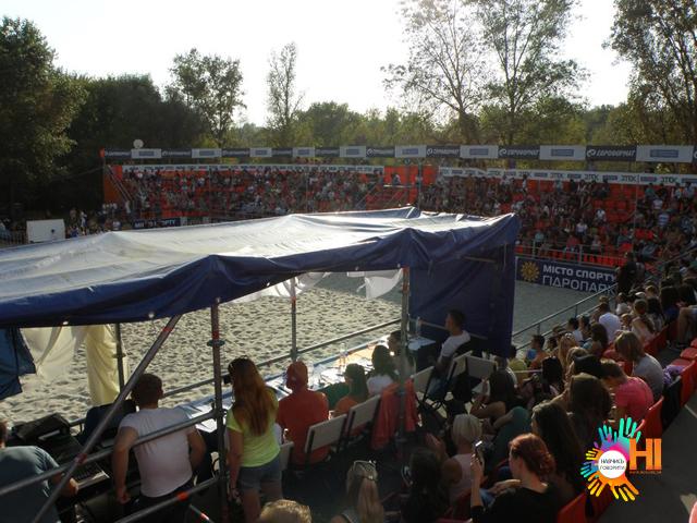 nauchis-govorit-net-arena-gidroparka_10