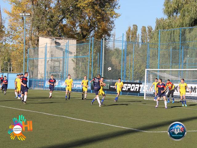 futbol-znaj-nashix-sme-ukraina-v-moldove 32